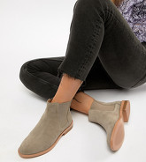 ASOS DESIGN - Aura - Bottines Chelsea en daim pointure large - Taupe